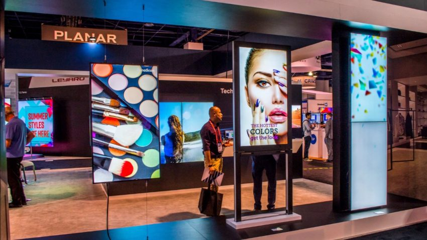 digital signage and advertising