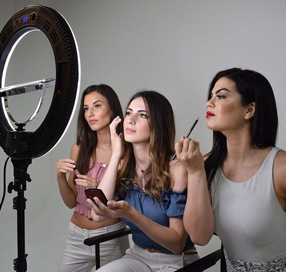 How to Choose and Use the Best Ring Light